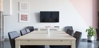 Best 65 Inch 4K TVs Under $2000 Review